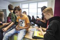 Учнів у класі — стокове фото