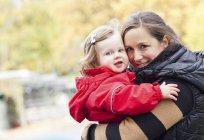 Mère et Bébée fille — Photo de stock