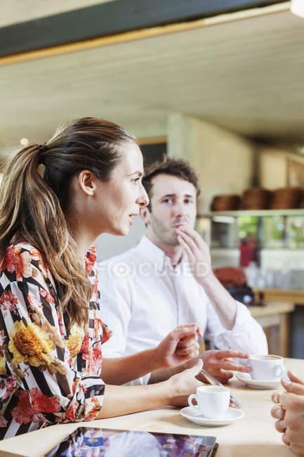 Colegas, pausa para café — Fotografia de Stock
