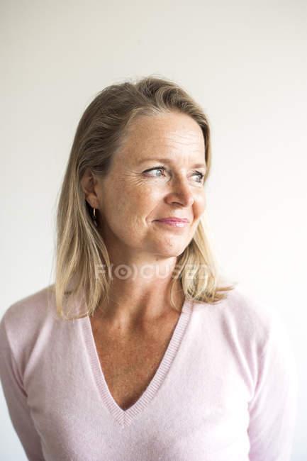Profesora en el aula - foto de stock