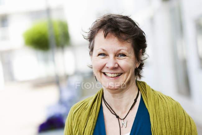 Donna matura sorridente — Foto stock