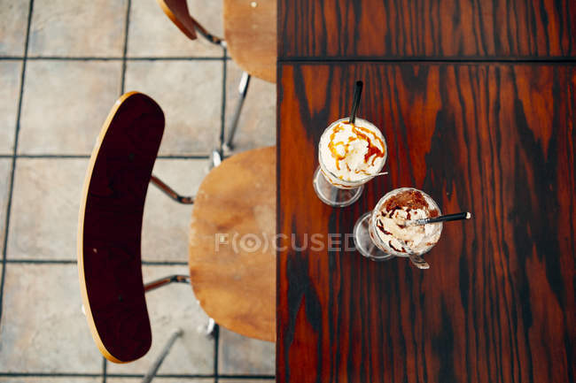Directly above shot of sundaes — Stock Photo