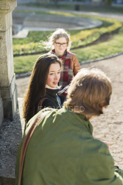 Teenage friends communicating — Stock Photo