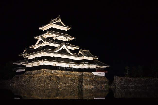 Château illuminé de Matsumoto — Photo de stock