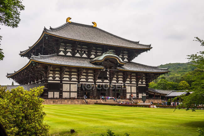Daibutsuden hall of great buddha — Stock Photo