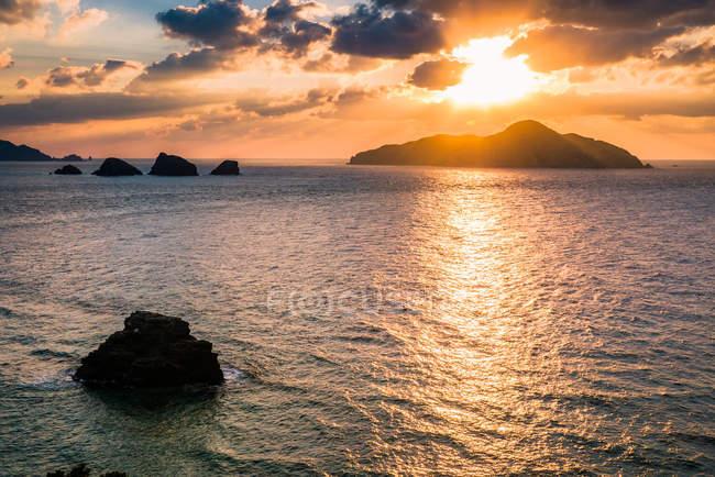 Tramonto sull'isola di Kerama — Foto stock