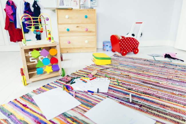 Малювання товари та іграшки — стокове фото