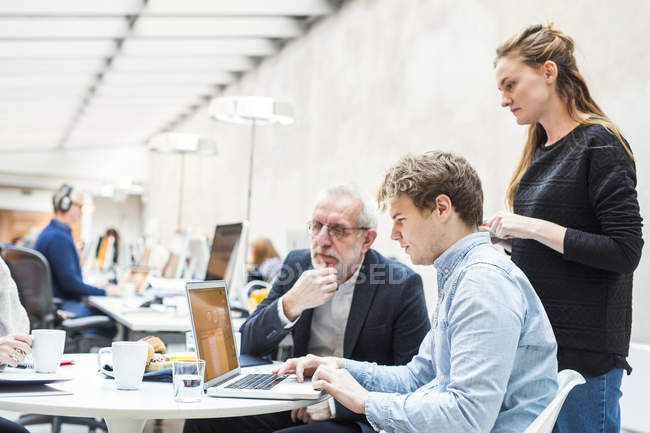 Concentrated business people — Stock Photo
