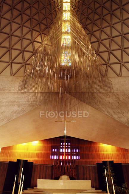 Soffitto a chiesa illuminata — Foto stock