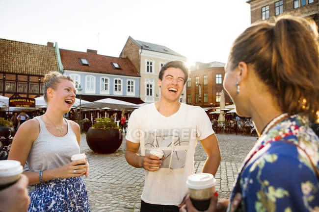 Cheerful male and female friends — Stock Photo