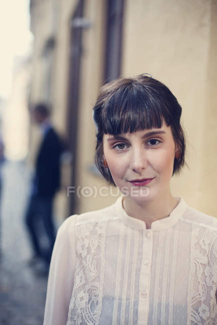 Giovane donna sicura di sé — Foto stock