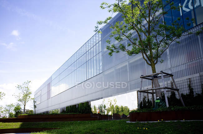 Exterior of modern building — Stock Photo