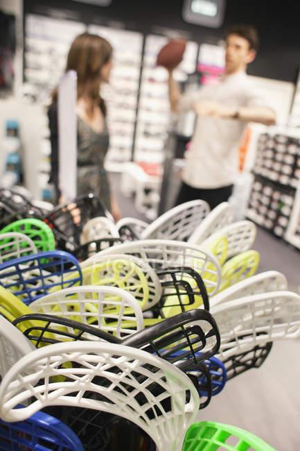 Plastikspielzeug-Eishockeyschläger — Stockfoto
