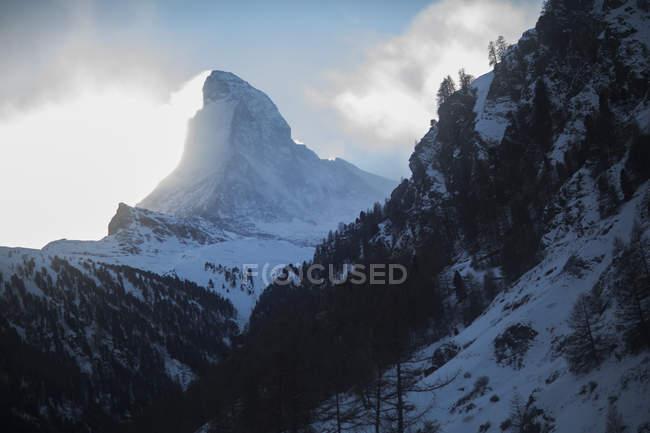 Vue panoramique du Cervin dans les Alpes suisses, Zermatt, Suisse — Photo de stock