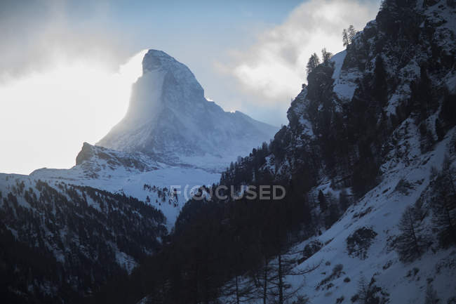 Scenic view of Matterhorn mountain in Swiss Alps, Zermatt, Switzerland — Stock Photo