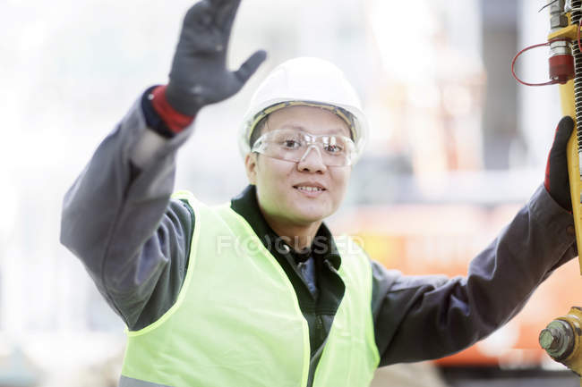 Male civil engineer making stop gesture on construction site — Stock Photo