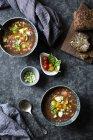 Приготування Капрезе гаспачо Охолоджений суп — стокове фото