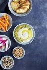 Pesto au fromage manchego au poivre rôti — Photo de stock
