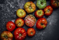 Pomodori di Heirloom a bordo — Foto stock