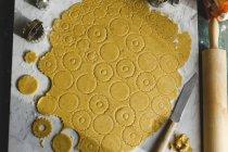 Kochen des Linzer cookies — Stockfoto