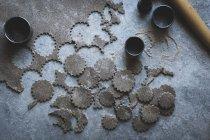 Corta pasta de trigo sarraceno - foto de stock