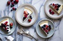 Crème de noix de coco Berry citron tarte — Photo de stock