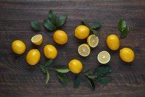 Fresh Yellow Lemons — Stock Photo