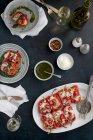 Peperoni rossi arrosto farcito — Foto stock