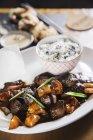 Manzo con salsa di pepe nero — Foto stock