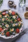 Green salad with roasted asparagus — Stock Photo