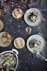 Чорний рис з баклажанами і пармезаном — стокове фото