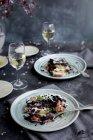 Riso nero con melanzane e parmigiano — Foto stock