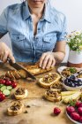 Black and Green Olive Tapenade — Stock Photo