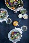 Салат з капусти диким рисом — стокове фото