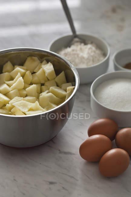 Zutaten für Apfelkuchen — Stockfoto