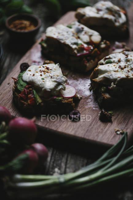 Snacks Caprese de pollo - foto de stock