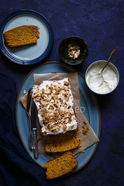 Carrot Cardamom Cake — Stock Photo