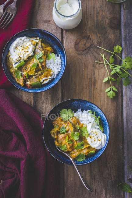 Aubergine curry with coriander — Fotografia de Stock