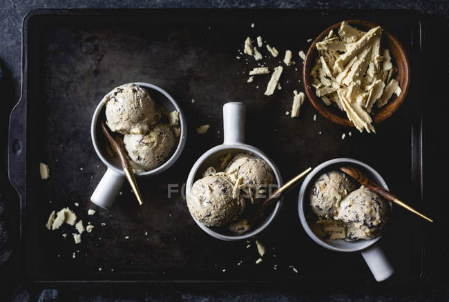 Chocolate chip ice cream — Stock Photo