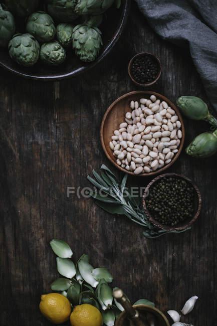 Baby Artichoke salad — Stock Photo