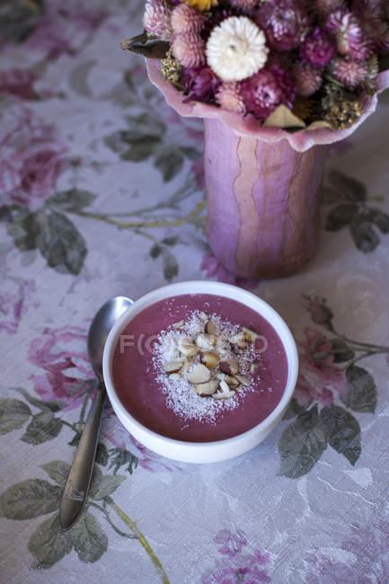 Raspberry smoothie bowl — Stock Photo