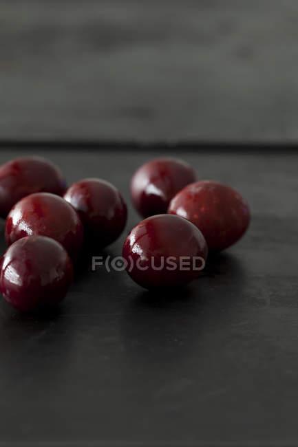 Ovos de Páscoa naturalmente tingidos — Fotografia de Stock