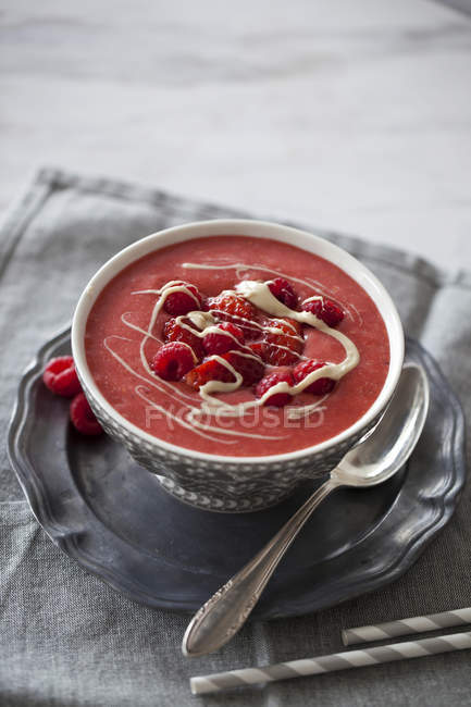 Strawberry and raspberry smoothie — Stock Photo