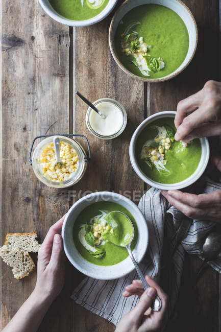 Zucchini basil soup — Stock Photo