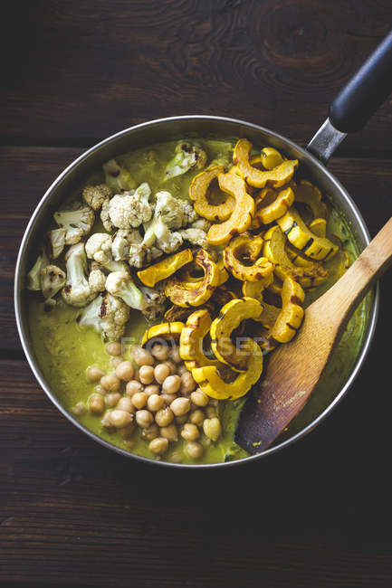 Geröstete Delikatesse mit Kürbiscurry — Stockfoto
