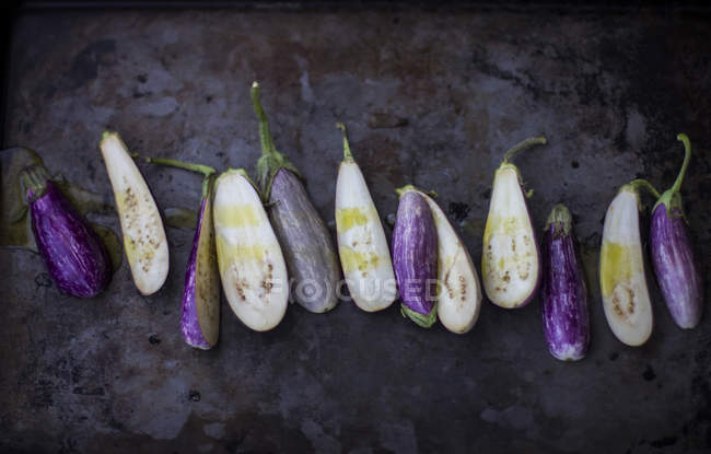 Halves of fresh ripe eggplants — Stock Photo