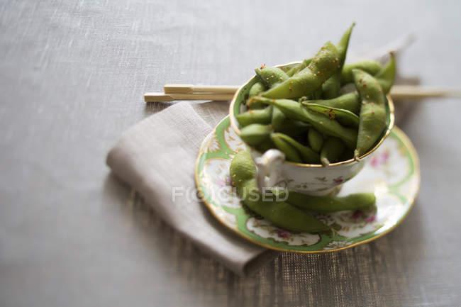 Чай чашка edamame Чилі — стокове фото