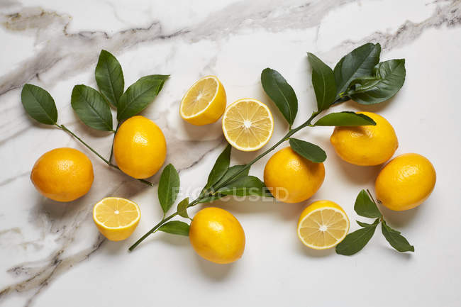 Citrons jaunes frais — Photo de stock