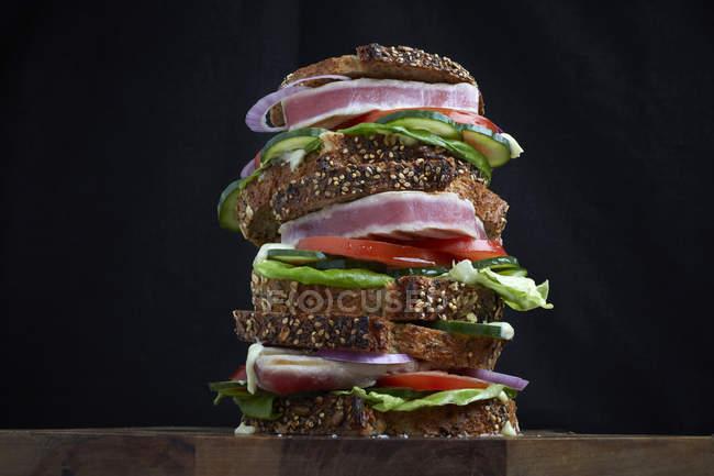 Стейк сендвіч тунця свіжий — стокове фото