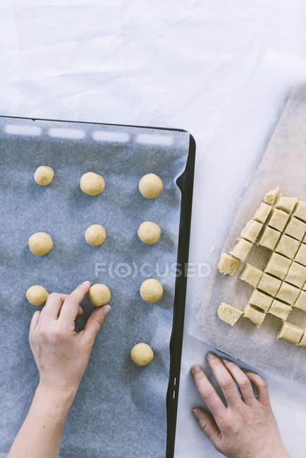Massa para biscoitos de coco sanduíche — Fotografia de Stock